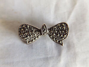 Vintage or Antique Petite Marcasite Silver SP Bow Brooch