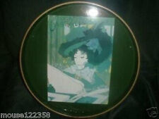 Lithographics Originals Round Tray with woman