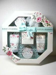 Baylis & Harding 7 pc Spa Bath Gift Set Boudoire Rose Poppy & Vanilla Floral Box