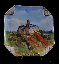 Ancienne assiette en porcelaine de Paris decor de chateaux