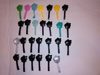 Monster High Dolls accessories LOT OF 27 Hair Brushes MUST BUY AS LOT