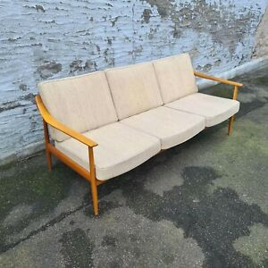 Knoll Antimott Sofa Danish Design Mid Century Modern Vintage Couch hell