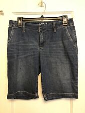 Apt 9 Women's Size 6 MEDIUM WASH Blue  Mid-Rise Straight Fit Bermuda Jean Shorts