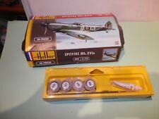 Maquette avion Spitfire MK.XVI Heller au 1/72 + PEINTURE