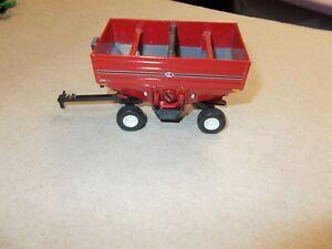 1/64 Ertl J & M Red Gravity Wagon