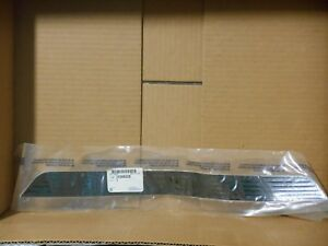 2005-10 Pontiac G6 New Genuine GM Rear Door Sill Plate (Pad) 10368228