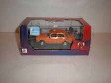 1/43 1977 Moskwitch 2140 orange IXO, IST 123