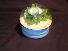 San Francisco Music Box Blue & White Flowers with Blue Base 1994, Inc Free Ship