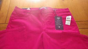 Gloria Vanderbilt Sadie Red Jeans Slimming Stretch Jeans 24W short New w/tags