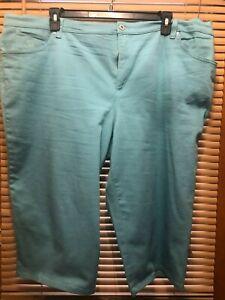 Plus Women's Gloria Vanderbilt Amanda Teal 5 Pocket Capris Size 24W