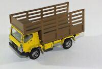 DINKY TOYS 381 CONVOY FARM TRUCK Diecast Model
