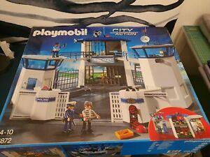 Playmobil 6872 Polizeistation und 9365 SEK-Team
