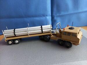 BERLIER T12 SABLE SOLIDO . REMORQUE TITAN . CHARGEMENT TUBES ALU.  1/50
