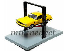 GREENLIGHT 12917 TWO POST LIFT WITH PLATFORMS FOR 1/18 DIECAST CAR BLACK