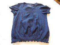 Gloria Vanderbilt ladies womens L large short sleeve shirt top Navy Blue EUC *