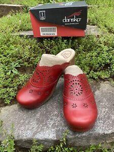 Dansko Skylar Veg Clogs Crimson Red Mules Leather Shoes Womens Sz 39 NIB