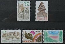 Lot de 5 timbres de France de service neufs** (2) et *(3) UNESCO (lot 1)