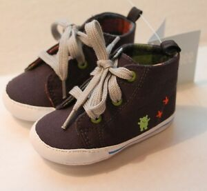 Gymboree Infant Baby Boy Size 1 Monster Fun Crib Shoes Gray w/ Monsters NEW