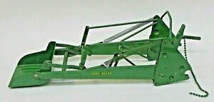 early 1950's Ertl Eska JOHN DEERE LOADER metal 1:16 scale