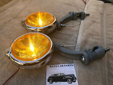 PAIR 6 VOLT AMBER SMALL VINTAGE STYLE FOG LIGHTS WITH FOG CAP @ GRAY BRACKS !