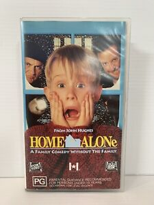 Home Alone VHS *RARE* Cassette in amazing condition Free Tracked Post