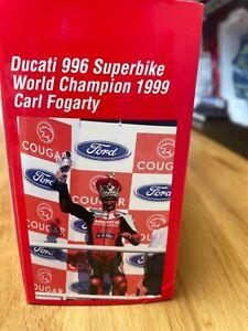 Minichamps 1:12 Ducati 996 Super-bike World Champion 1999 Carl Fogarty