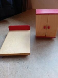 Vintage dolls house - Tofa Bedroom Double Bed and Wardrobe