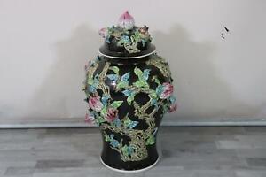 82 cm Deckelvase Porzellan bemalt plastisches Pflanzendekor China (MÖ3452)