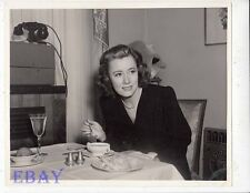 Irene Dunne candid on Penny Serenade VINTAGE Photo