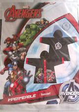 Vêtement De Pluie - Imperméable - Avengers - Noir/Rouge - 6 ANS - Neuf Emballé