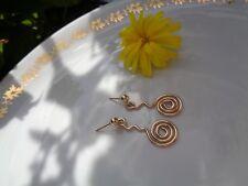 Gold-Ohrringe mit langer Spirale, Designer Schmuck, 585 Gold Filled
