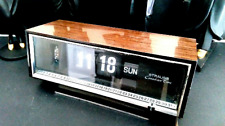 Vintage flip clock with calendar Strauss Canadian Time