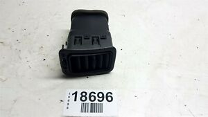 02-06 Chevrolet Avalanche 1500 FR Dash Air Conditioning AC Heat Air Vent OEM