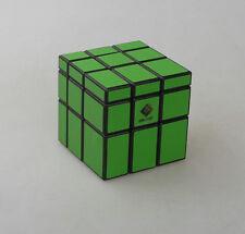 Cubetwist  3x3 Mirror Surface Speed Cube 3x3x3 Irregular Magic Cube Green
