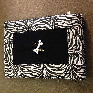 New Dog  bed lazy bones zebra design