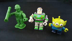 Yujin Disney Toy Story Buzz Lightyear 3 Eyed Martian soldier gashapon figure toy