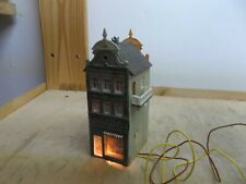 Narrow Town House with Shop N Gauge Illuminated