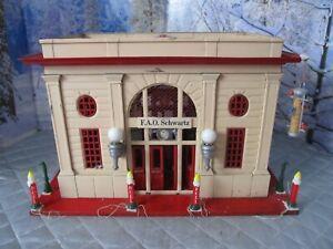 LIONEL CITY PASSENGER  TRAIN STATION MODEL PRESSED STEEL