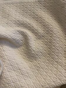 POTTERY BARN ~ Diamond Quilted~ DAYBED SKIRT Dust Ruffle Ivory NICE!!