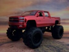 4X4 LIFTED 2014 CHEVY SILVERADO COLLECTIBLE 1/64 SCALE DIECAST MODEL - DIORAMA