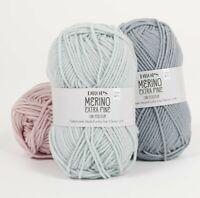 Superwash treated merino wool MERINO EXTRA FINE DK / Light Worsted knitting yarn