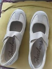 Skechers Mary Janes Beige Suede And Brocade Size 7 VGC