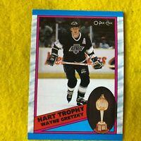 WAYNE GRETZKY , KINGS, 1989 O-PEE-CHEE , NHL HOCKEY , CARD #320 HART TROPHY MINT