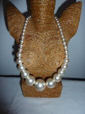 Stile Vintage Grande Finta Perla Perline breve Dichiarazione Collana