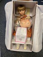 Elizabeth Austin Porzellan Puppe 63 cm. Ovp & Zertifikat. Top Zustand