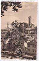 Ansichtskarte Auerbach - Blick von der Wartehalle auf Schlossturm/Stadtkirche sw