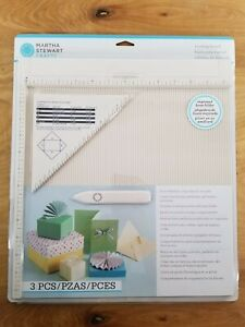 Martha Stewart Crafts Scoring Board Tool for Making Cards, Envelopes, Giftboxes