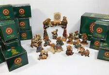 Boyds Bears Nativity Pageant with Stage Resin 17 Pc Set Series 1 - 4 Mib
