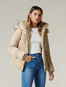 $ale - FOREVER NEW Freya Petite Short Puffa Jacket CAMEL - DI$COUNT PRICE
