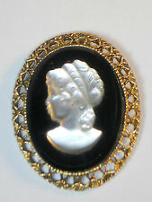 Vintage Frosted Glass Cameo on Black Glass gold-tone pin pendant brooch